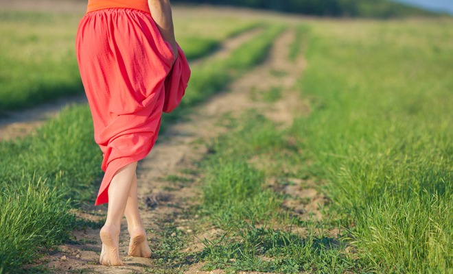 Want a Moving Meditation? Here Are 4 Different Forms of Walking Meditation to Try