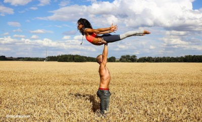 acroyoga-love-story