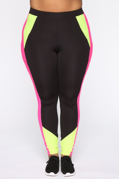 fashion nova legging | YogiApproved.com