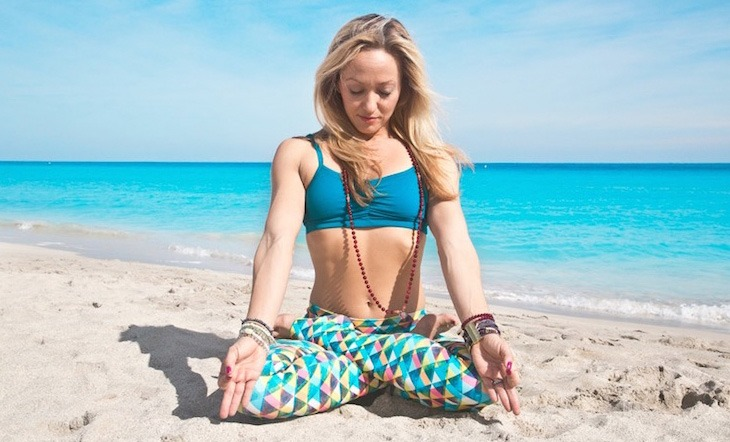7 Ways Yoga Teachers Can Market Themselves to Build a Successful Career