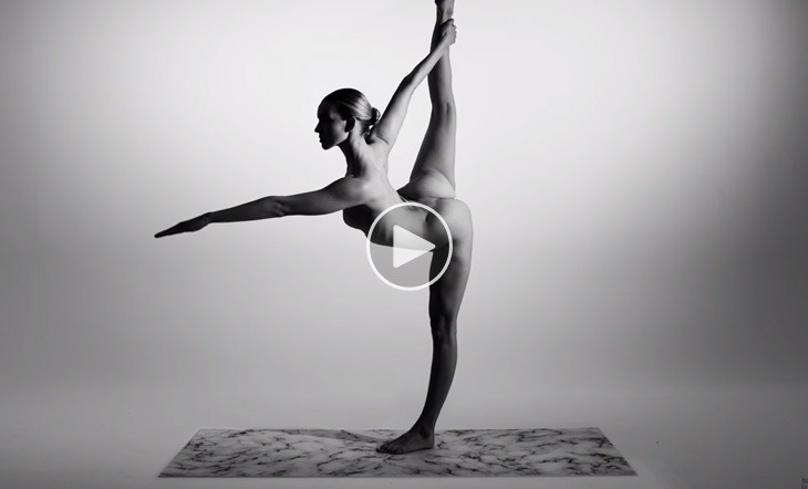 nude-yoga-girl-video