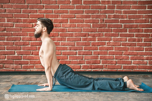 5 Struggles Men Face on the Yoga Mat (And How to Overcome Them)