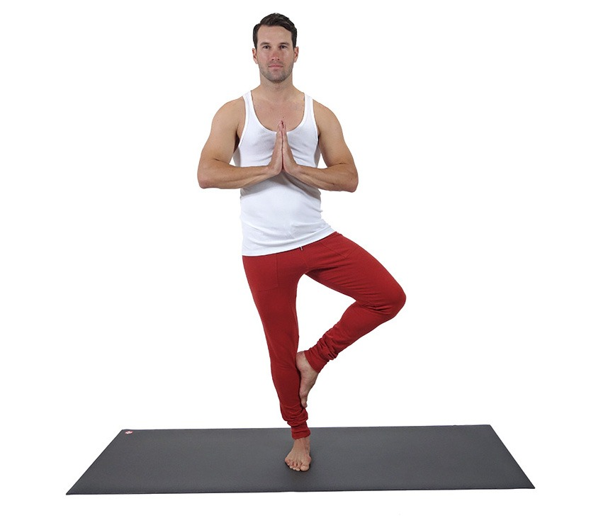 Our Favorite Yoga Clothing Brands for Men 0f3796e72