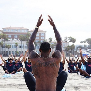 lebron-james-yoga