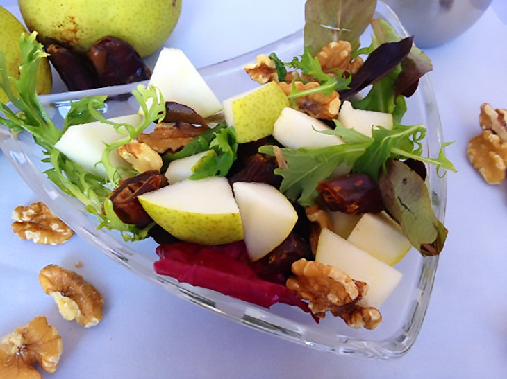 walnut_pear_salad_1