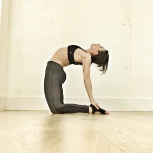 how to practice 5 beginner backbend yoga poses safely