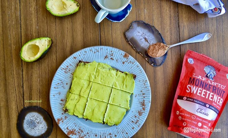 Avocados and Brownies Just Had a Baby! You've Gotta Try This Vegan Brownie Recipe (Paleo-Friendly)