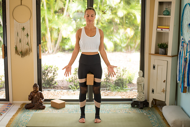 yoga for knee pain sequence-10