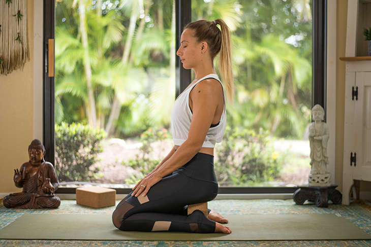 yoga for knee pain sequence-15