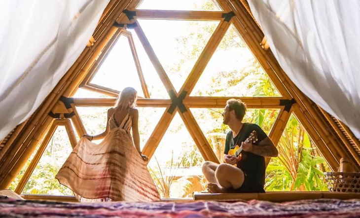 9 Lust-Worthy Off the Grid Airbnb Rentals For the Perfect Wellness Getaway