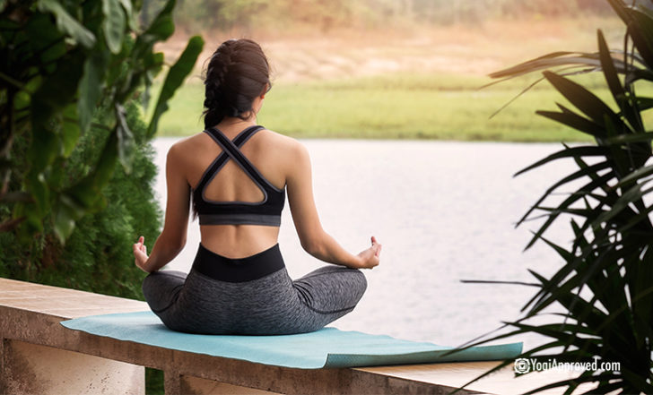 5 Benefits of Practicing Yoga While You Travel