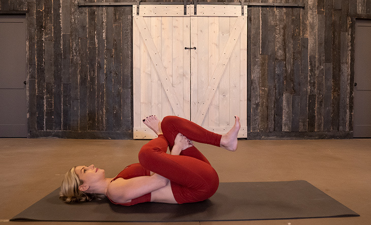 reclined pigeon pose splits prep