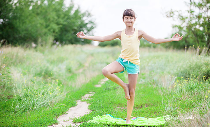 Here Are 9 Important Benefits of Yoga For Kids
