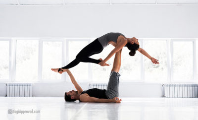 Featured Image acro yoga teachers
