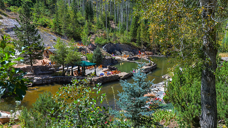 Steamboat-strawberry-park-Hot-springs
