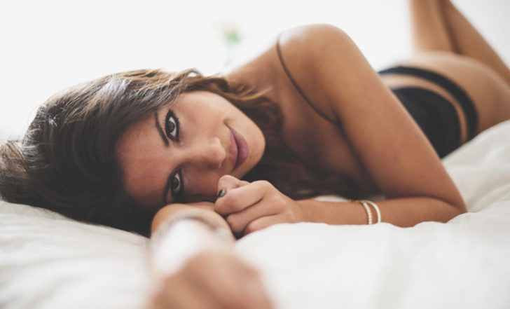 Women Are RAVING About This CBD Personal Lubricant and Arousal Oil – Here's Why