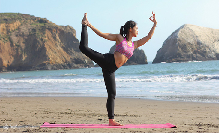 How Natarajasana Dancer Pose Got Its Name Yogiapproved Com