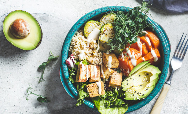 These Are the 4 Main Benefits of Eating a Plant Based Diet (According to Science)