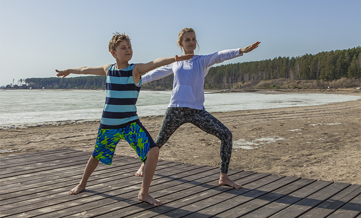 Kids-yoga-warrior-pose