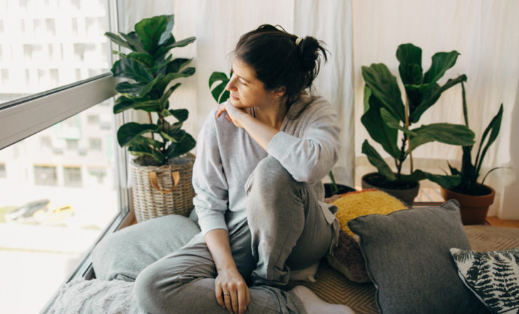 Try These 4 Mindfulness Practices to Help You Cope With Fear (From a Psychiatrist)