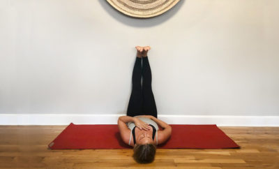 9PosesYogaInBed feature