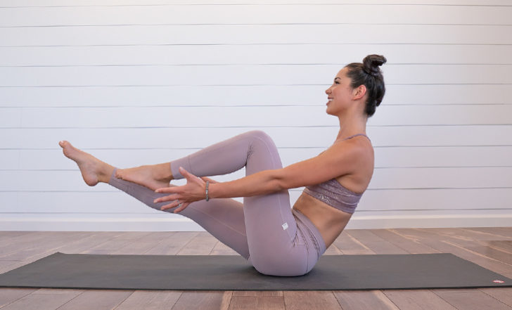 This 25-Minute High-Energy Online Yoga Flow Will Increase Your Agility